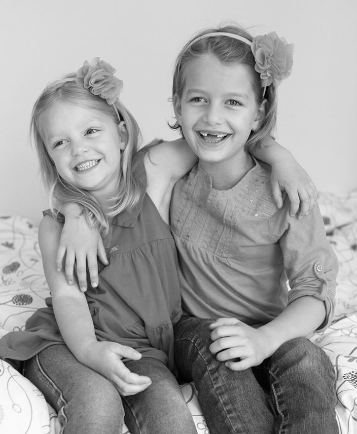 Sofia and Nina, 7 and 4 years old
